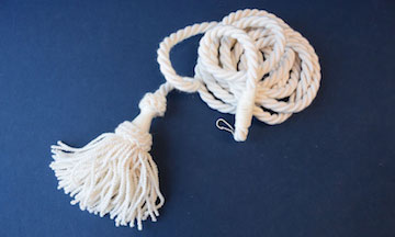 Curtain cord with tassel